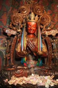 jeden z wielu buddów