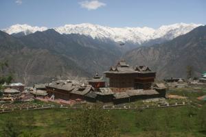podróże dla niepłodnych, kraina Kinnaur, relaks dla niepłodnych, Himalaje,