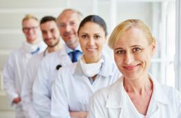 lekarze-z-grupy-wsparcia-odpowiadaja-nieplodnirazem