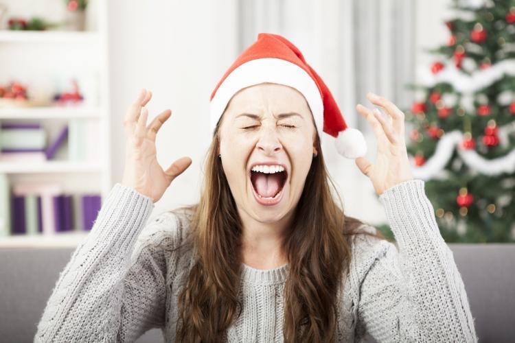 Jak przygotować się na niezręczne i nieprzyjemne życzenia świąteczne?