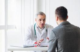 Żylaki powrózka nasiennego i zwapnienia w miąższu jąder to jedna z częstych przyczyn męskiej niepłodności: jak je zdiagnozować i jak leczyć