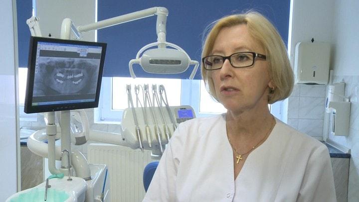 Leczenie zębów w ciąży i ciążowe zapalenie dziąseł