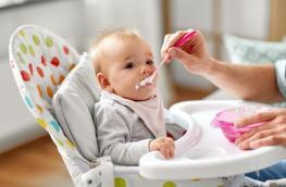 Rozszerzanie diety dziecka - na co uważać