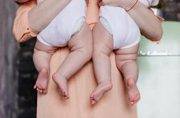 Tragiczny finał in vitro - kobieta urodziła nie swoje dzieci