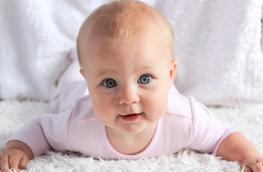 Czkawka u niemowląt to naturalny stan fizjologiczny.
