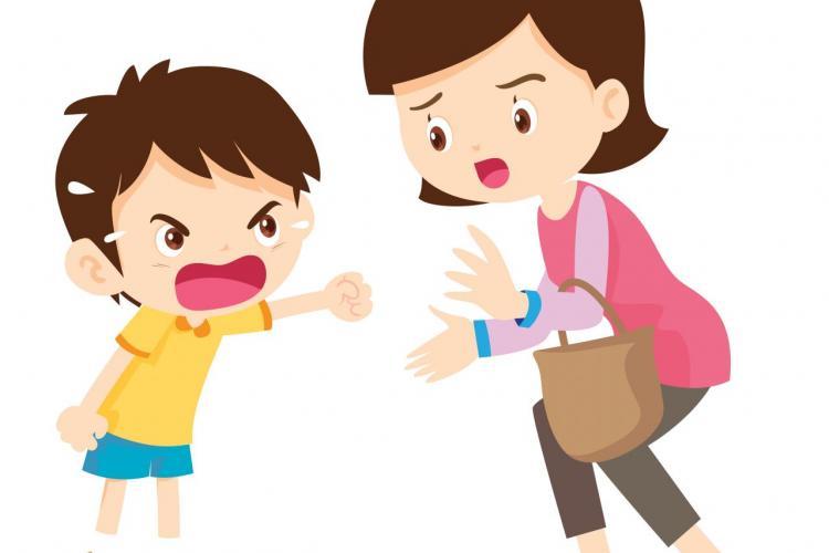 Dziecko krzyczy na mamę, a mama na dziecko i spirala napięcie się nakręca