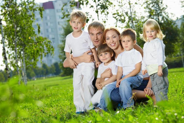 Rodzina Wielodzietna i jej przywileje