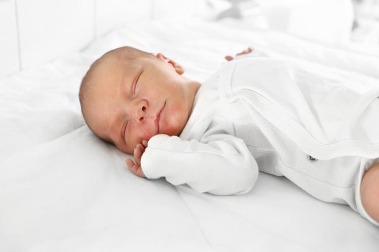 Jaki materac dla niemowlaka wybrać?