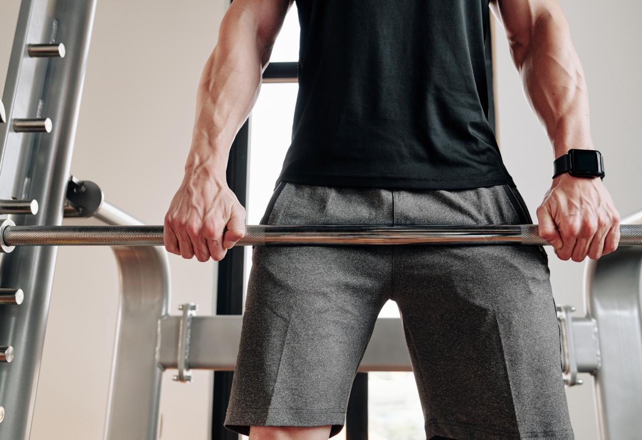 Niski poziom testosteronu – objawy, przyczyny i leczenie
